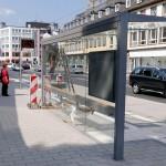 mittlerweile fertig: die Wartehallen am Kölner Tor