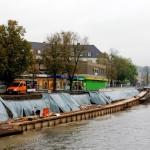 Trotz des Hochwassers geht es an der Baustelle voran.
