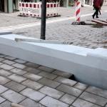 Neue Betonbänke für die Kölner Straße