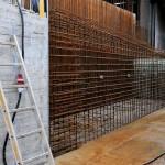 Foto: Stahlbeton verstärkt die Haltbarkeit der Ufermauer-Teilstücke gegenüber Frost und Wasser.